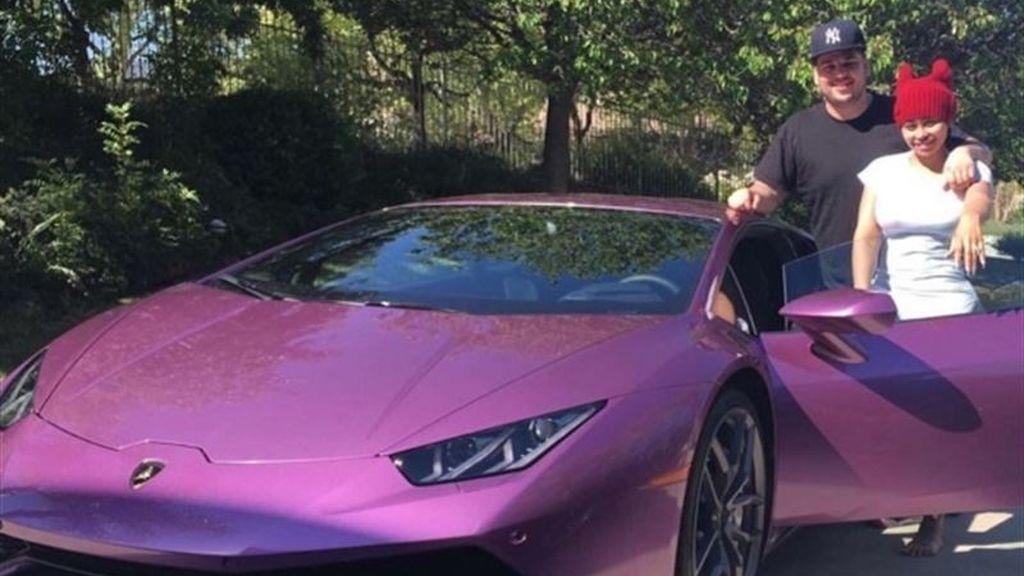 Rob Kardashian, Lamborghini morado, Blac Chyna