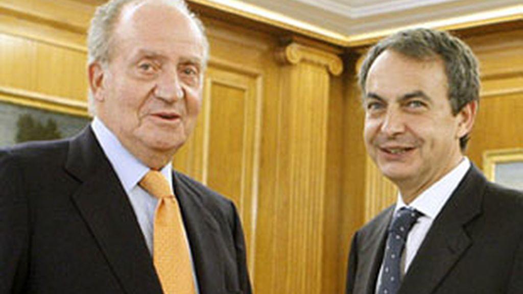 El Rey y Zapatero, en su primer despacho tras el alta del monarca.
