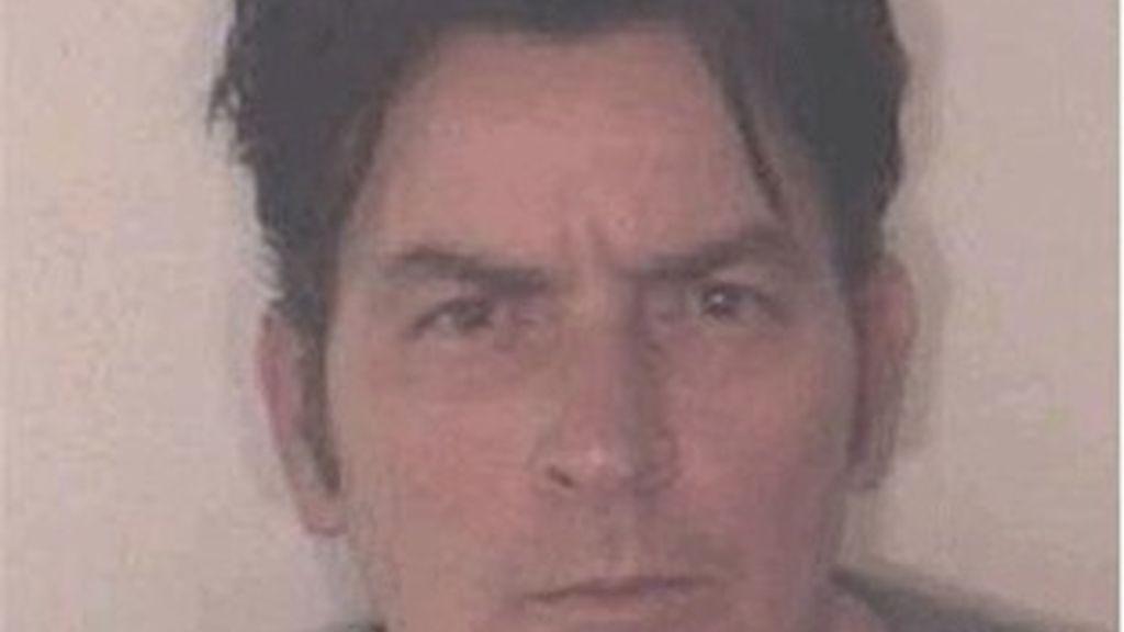 Charlie Sheen, tras su detención.