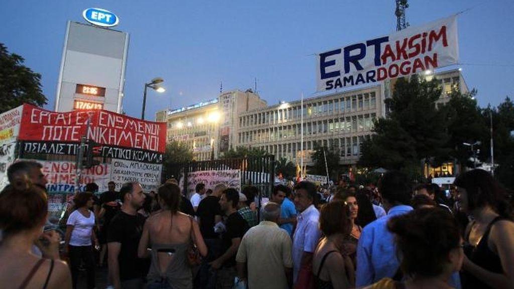 Televisión pública griega