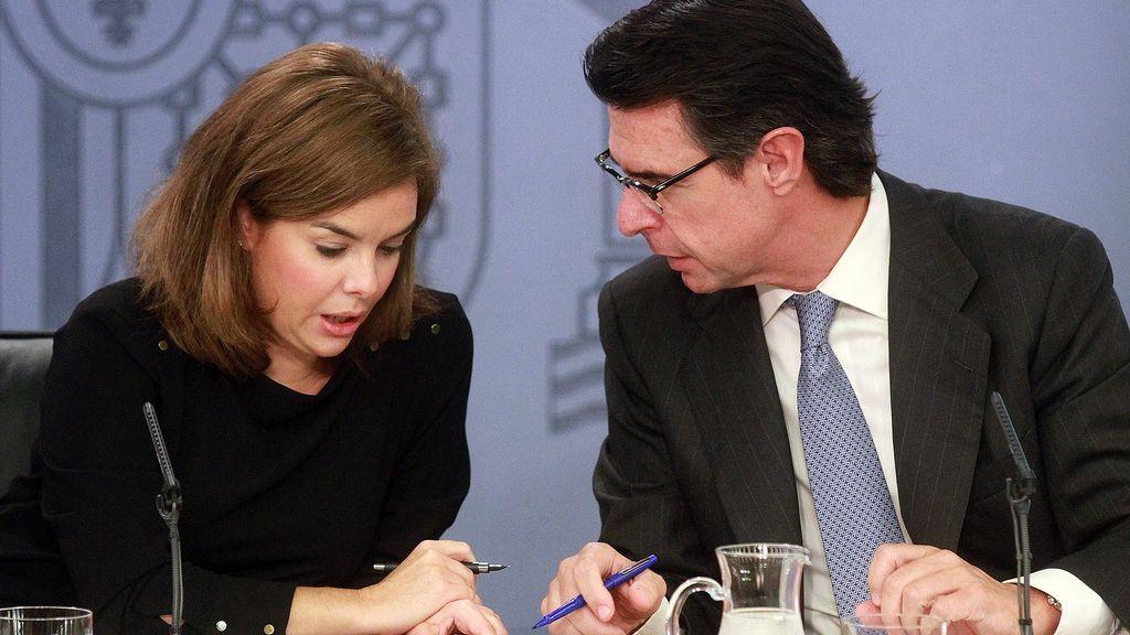 José Manuel Soria y Soraya Sáenz de Santamaría