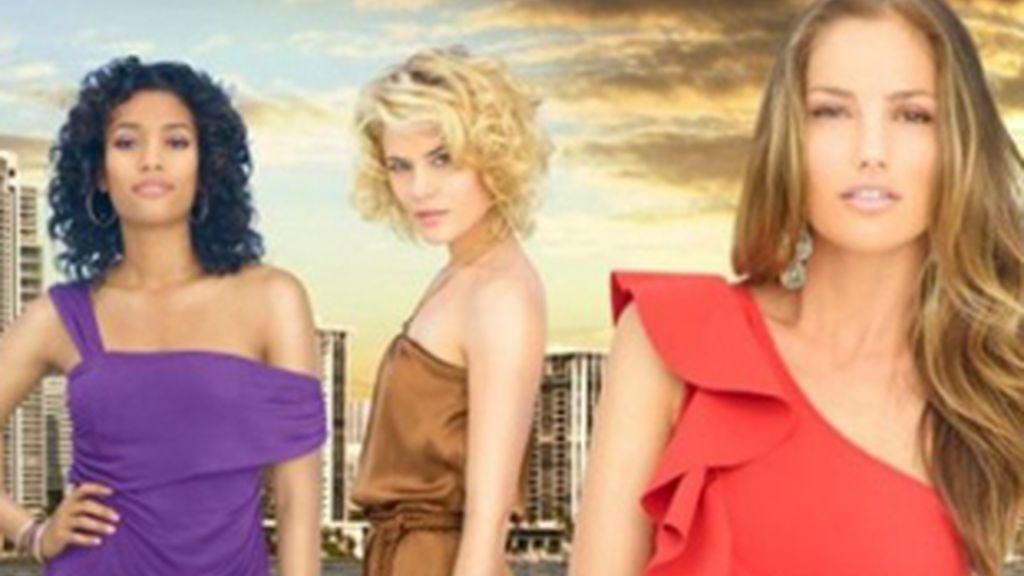 Las protagonistas de la nueva versión de 'Los ángeles de Charlie''.