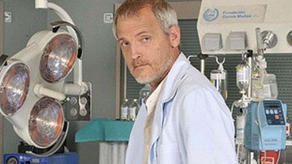 Jordi Rebellón, como el doctor Vilches de 'Hospital Central'.