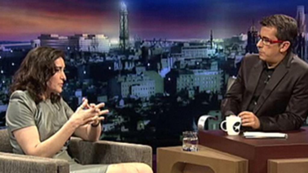 La ministra de Cultural, Ángeles González Sinde, en la entrevista con Andreu Buenafuente.