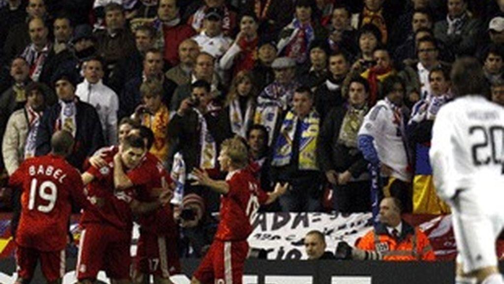 Imagen del partido Liverpool-Real Madrid 2009.