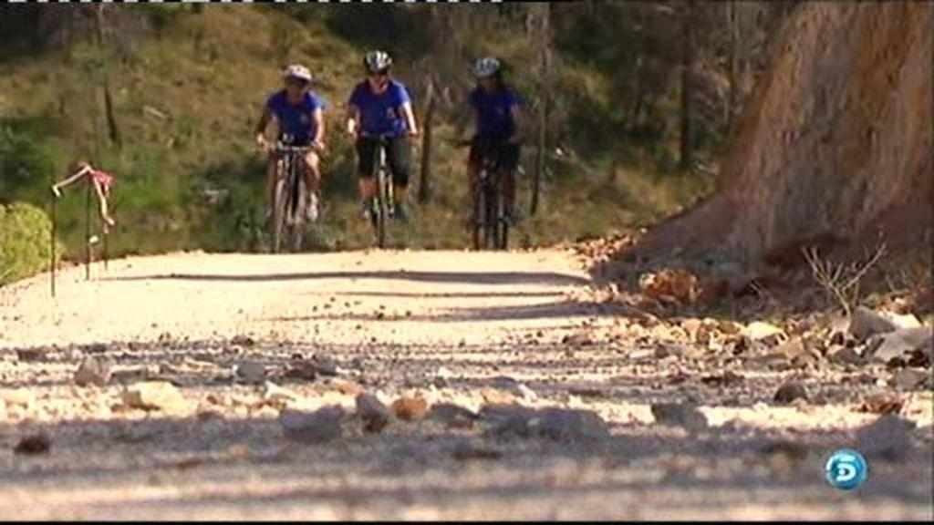 Paseamos en bicicleta por la Vía Verde de la Sierra de Alcaraz, en su tramo por Albacete