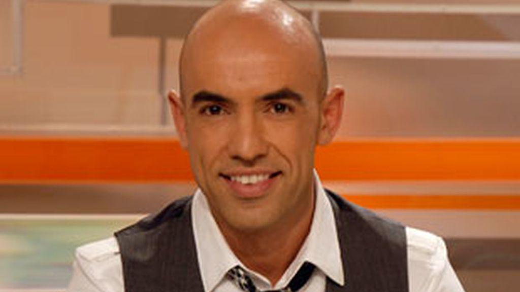 Emilio Pineda, presentador de 'Está pasando'