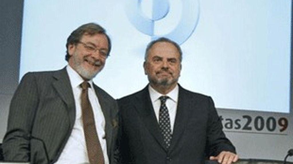 Juan Luis Cebrián (izquierda) e Ignacio Polanco, consejero delegado y presidente, respectivamente, de Prisa.