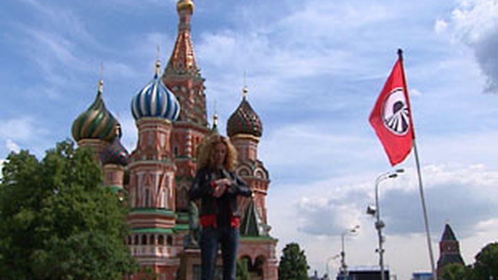 Paula Vázquez,  en la plaza roja de Moscú