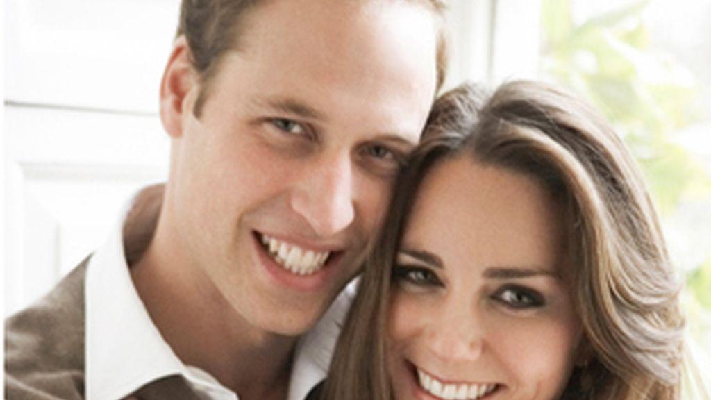 Retrato oficial de Guillermo y Kate.