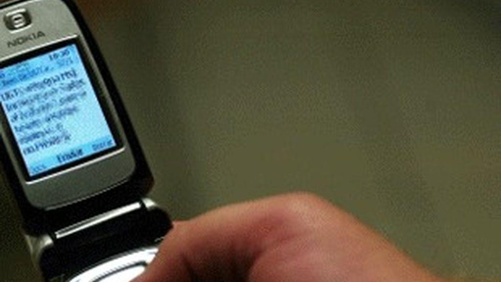 Envío de un SMS a través del móvil.