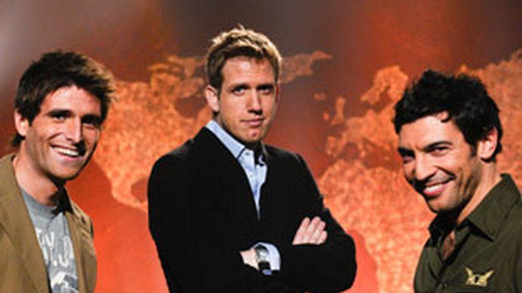 Efren Reyero,  Óscar Martínez y Quico Taronjí, presentadores de 'La vuelta al mundo en directo' (Antena 3).