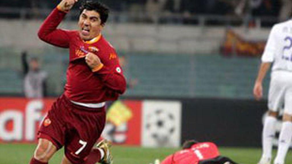 Imagen de un partido entre la Roma y el Real Madrid.