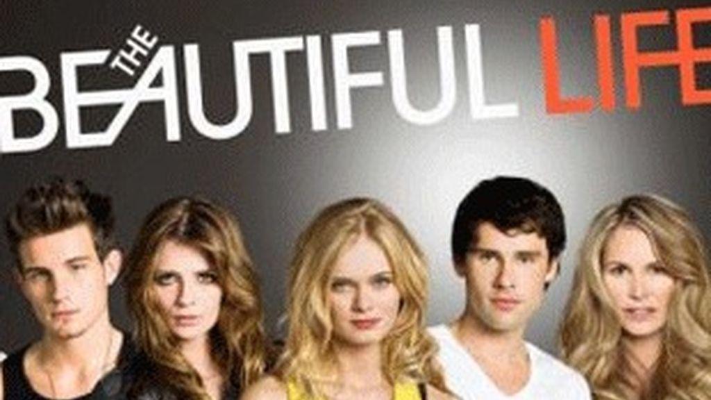 Protagonistas de 'The beautiful life'. Mischa es la segunda por la izquierda.