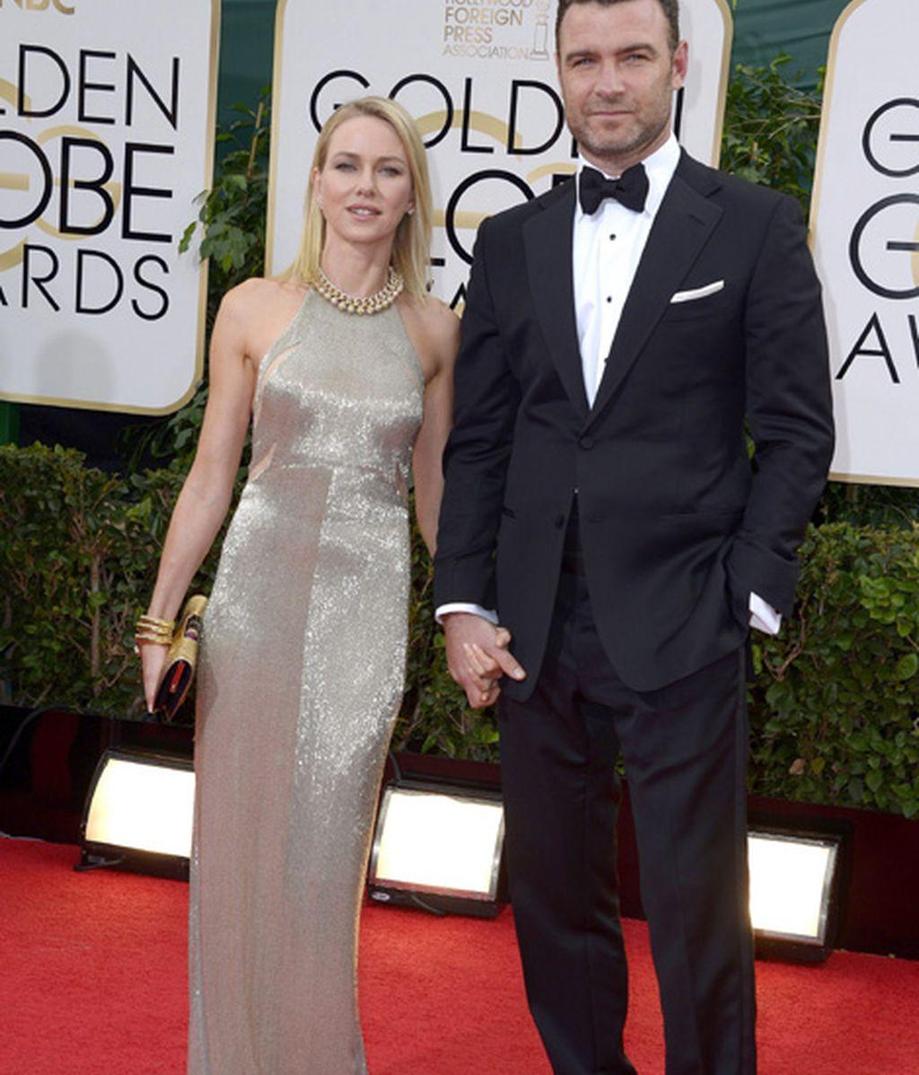 Liev Scheiber, nominado a mejor actor en serie dramática por 'Ray Donovan' y su esposa, Naomi Watts