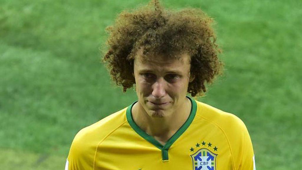jugador brasil llorando