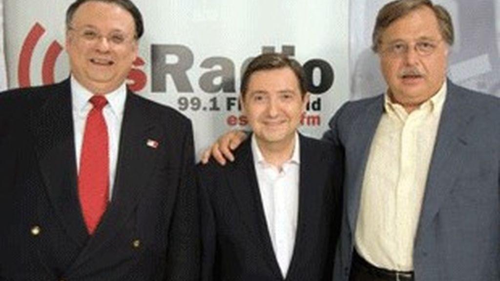 De izquierda a derecha, César Vidal, Federico Jiménez Losantos y Luis Herrero.