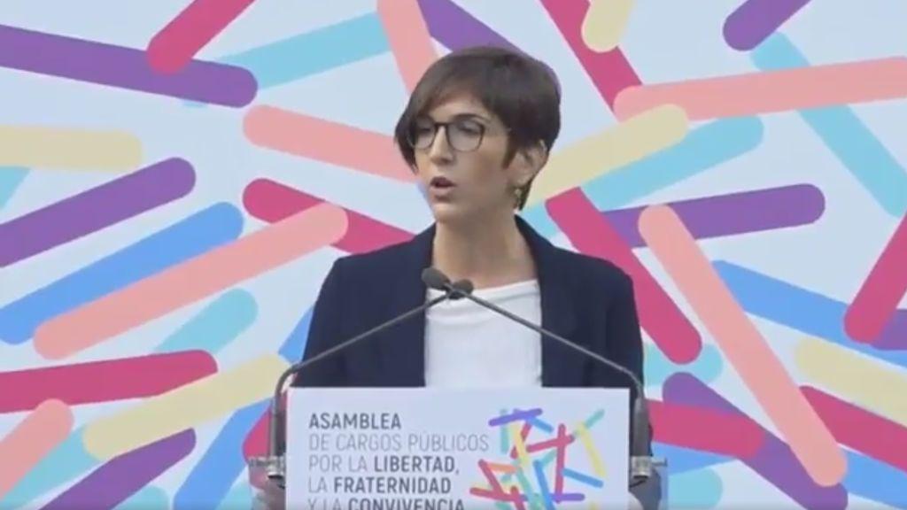 Agreden a la presidenta de las Cortes de Aragón en las protestas contra la Asamblea de Unidos Podemos