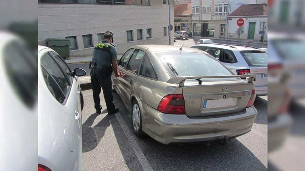Detenido un hombre de 80 años que intentó atropellar a su hijastro varias veces