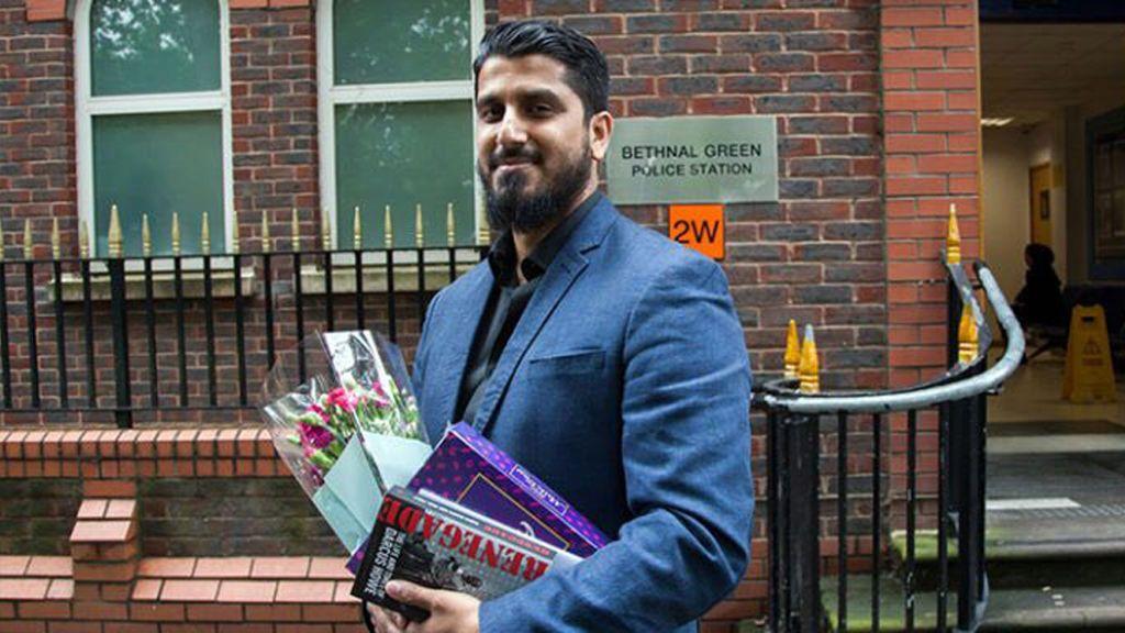 Condenado por negarse a revelar a la Policía de Londres las contraseñas de sus equipos