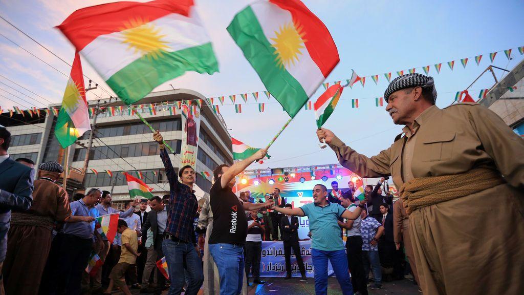 Kurdos celebran su apoyo al referéndum de independencia