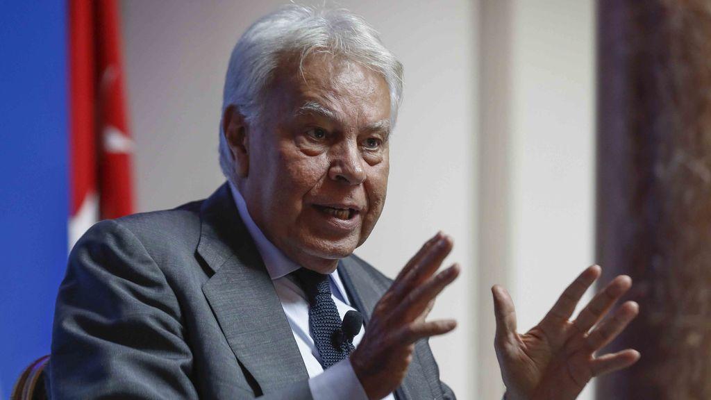 Felipe González insinúa que él habría utilizado el artículo 155 para frenar el referéndum ilegal