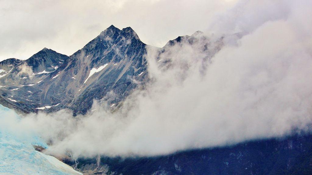 glacier-277425_1920