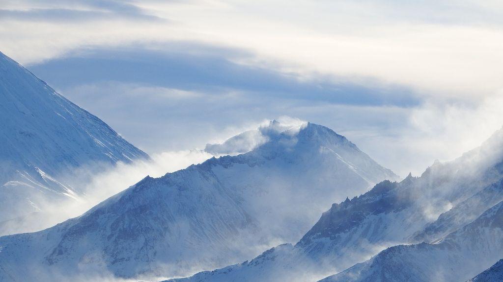 mountains-2646324_1920