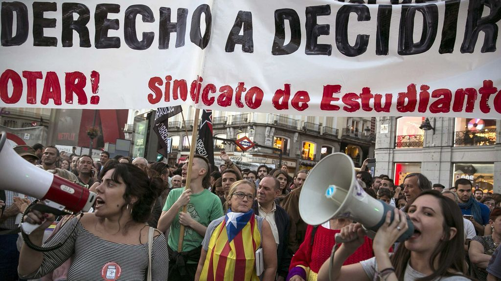 """Convocan una protesta en Sol el 1-O a favor del derecho a decidir y contra la """"represión"""""""