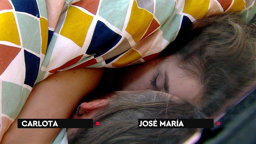 ¿Ha habido beso entre José María y Carlota? ¡Tenemos las imágenes!
