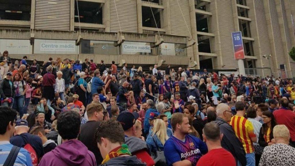 El Barcelona condena la represión del Referéndum y anuncia que el partido se celebrará a puerta cerrada