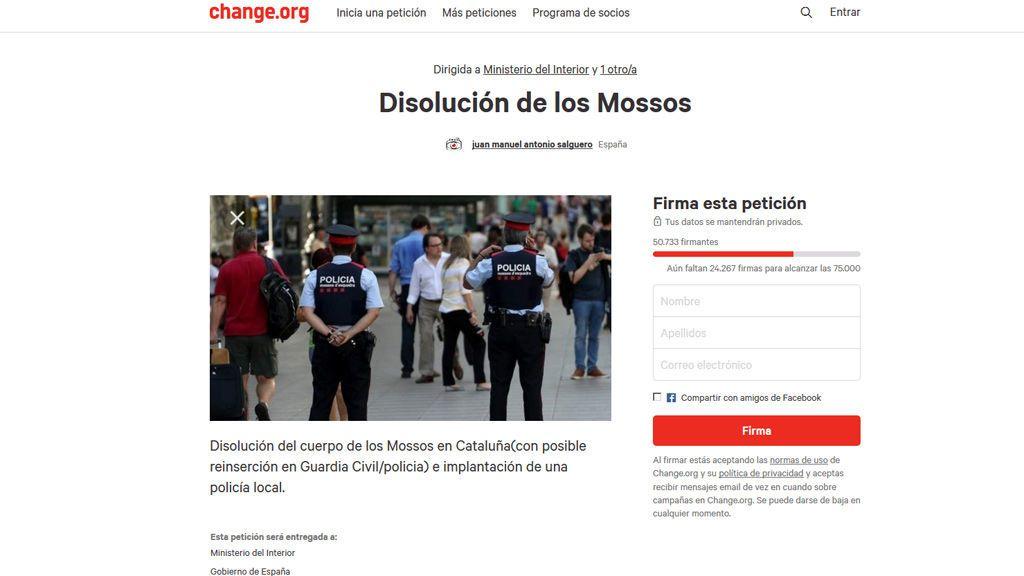 Reúne más de 50.000 firmas en ocho horas pidiendo la disolución de los Mossos