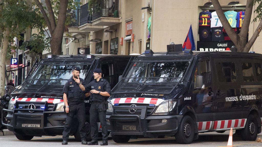 Seis juzgados investigan si los Mossos desobedecieron al TSJC con su operativo