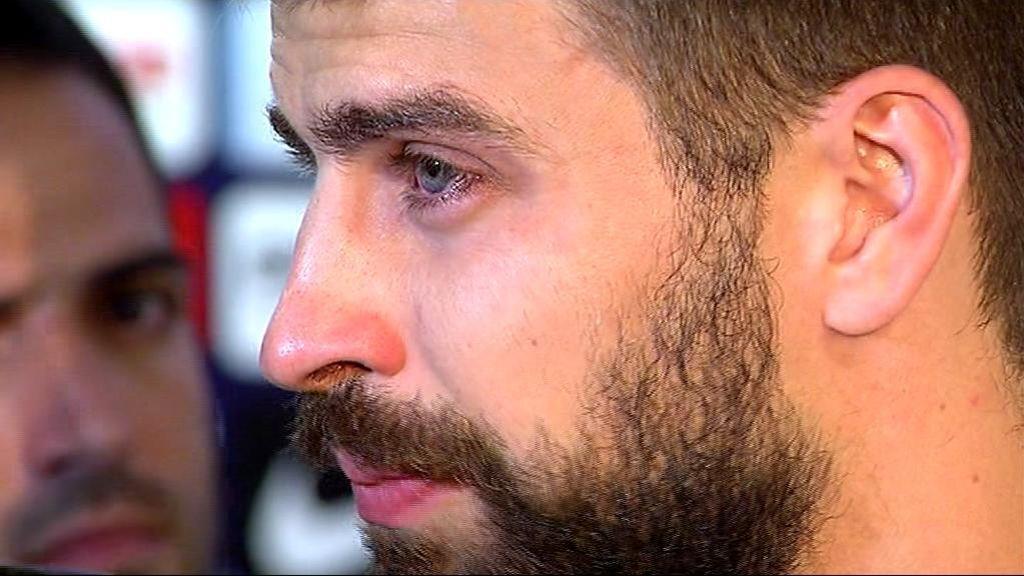 """Piqué rompe a llorar: """"Han hecho creer a mucha gente de España que nosotros somos los malos"""""""