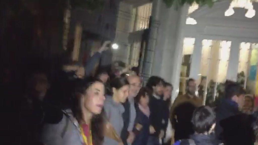 Referéndum 1-O: Las urnas llegan a la Escuela Eixemenis de Girona