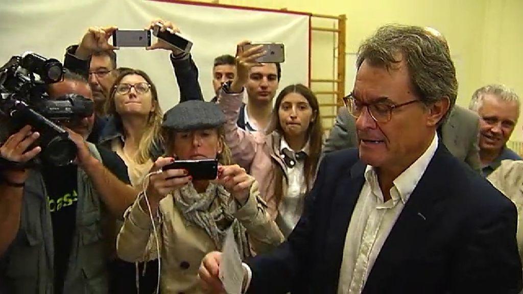 """Artur Mas: """"El estado hace todo lo posible para que no votemos violentamente"""""""