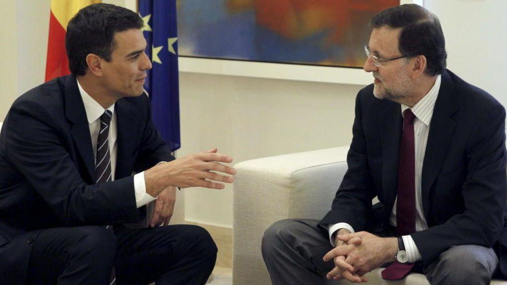 Rajoy se reúne en Moncloa con Sánchez y Rivera para analizar la situación en Cataluña