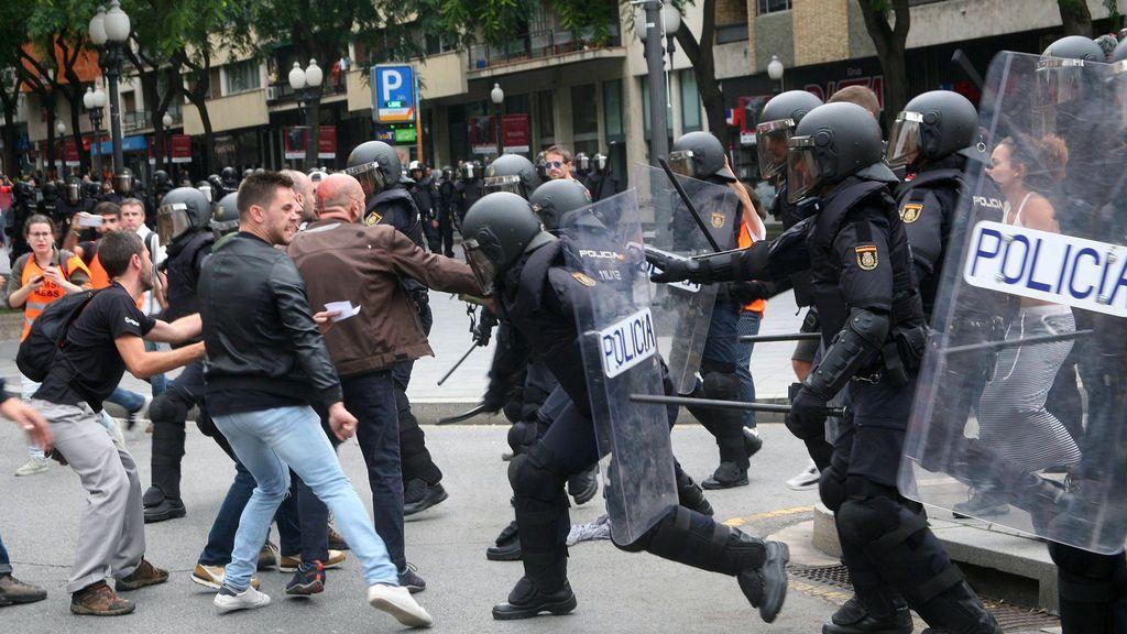 La Generalitat eleva a 893 los heridos por las cargas policiales el 1-O