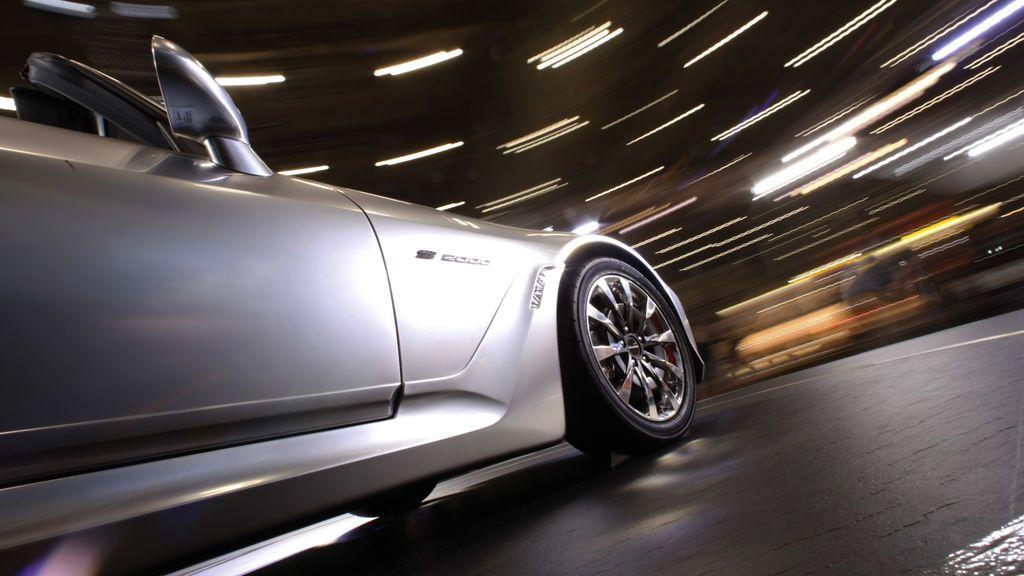 Las distracciones más frecuentes al volante y cómo evitarlas