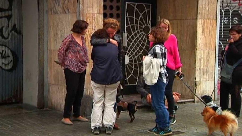 Hallan a una mujer asesinada en plena calle en Barcelona