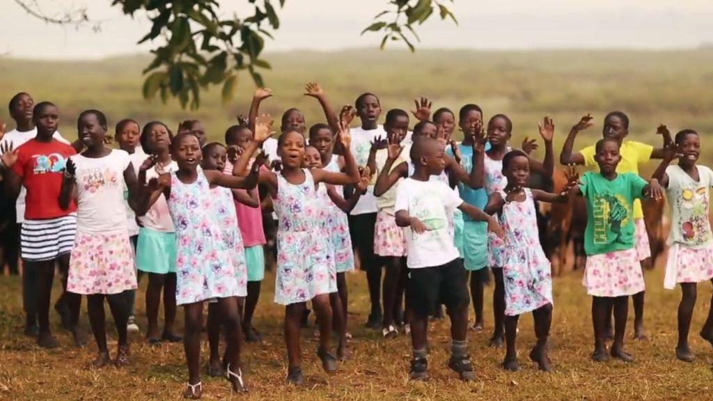 Coro Safari y su tema 'What is love?' ponen la música al spot de 'Los Comprometidos'