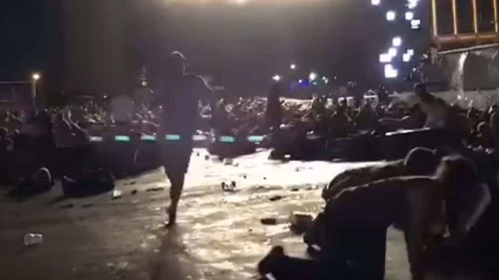 Tiroteo en un concierto en Las Vegas: Imágenes del caos y el terror entre los asistentes