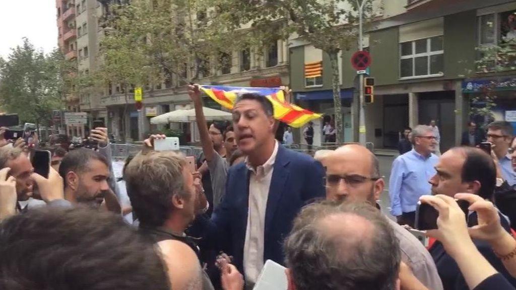 Escrache independentista en las sedes del PP y Ciudadanos en Barcelona