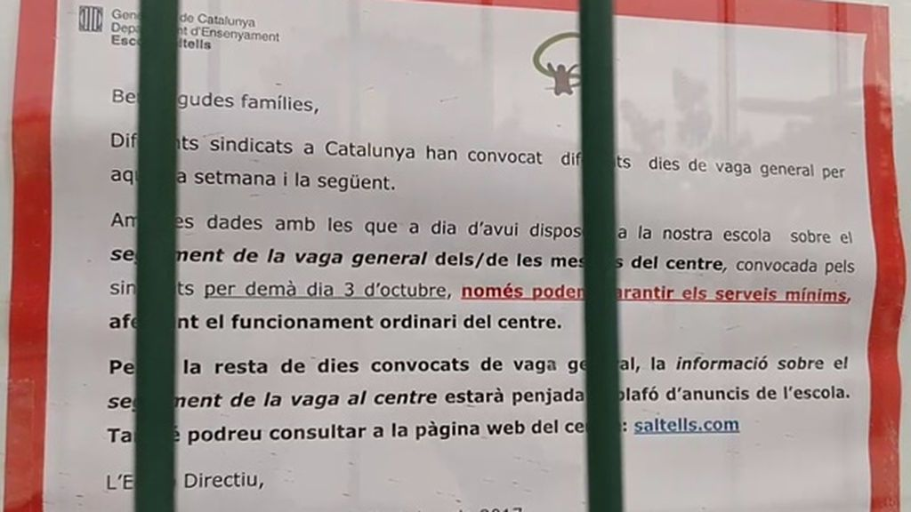 Un colegio cerrado en Cerdanyola del Vallès, Barcelona