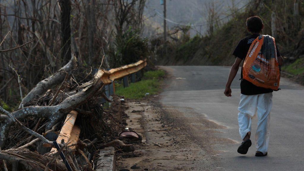 Puerto rico sigue intentando recuperarse del huracán María