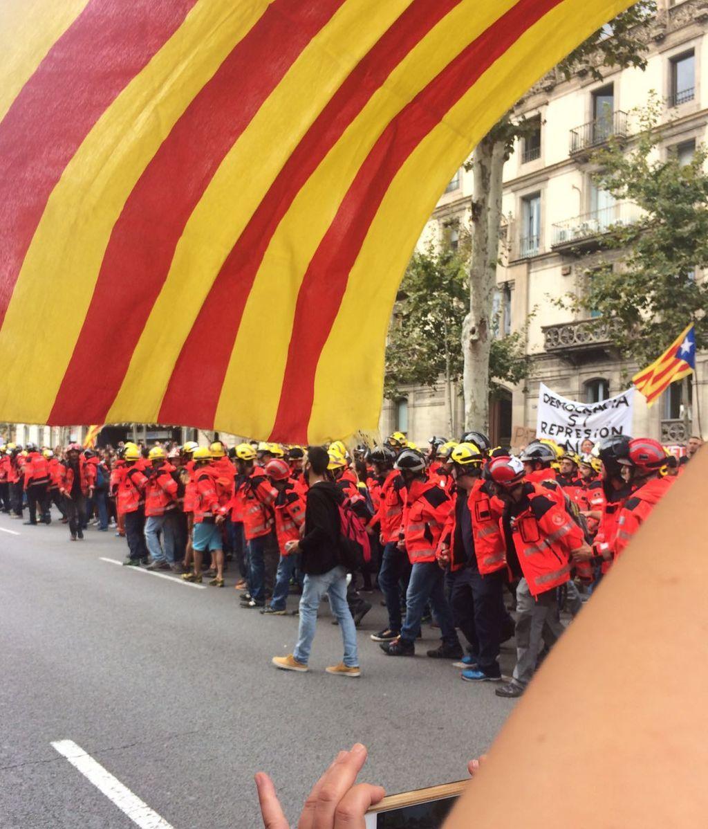 Bomberos se unen a la manifestación