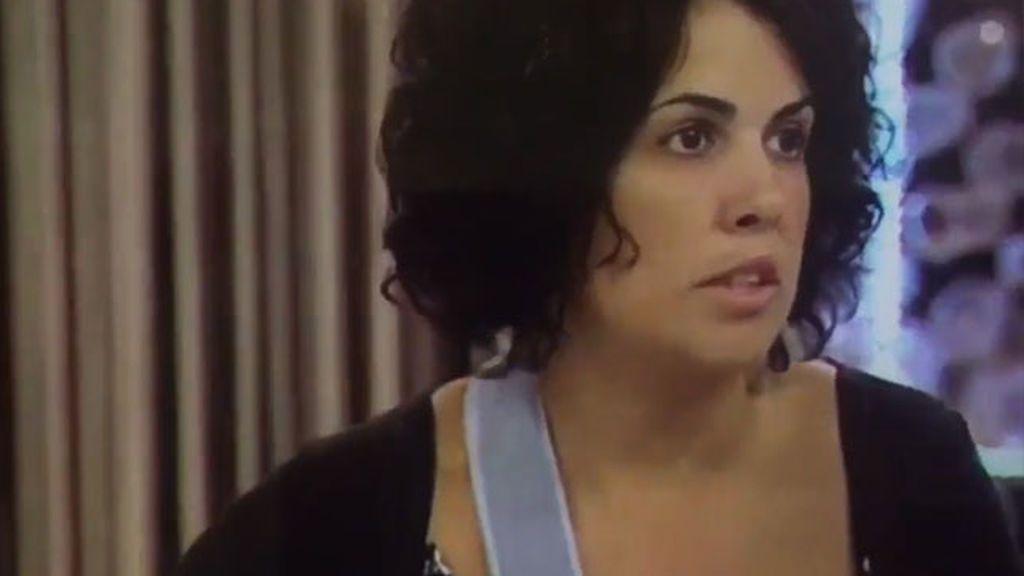 """Marta Torrecillas, la mujer que dijo que tenía con los dedos partidos:  """"Tengo una capsulitis"""""""