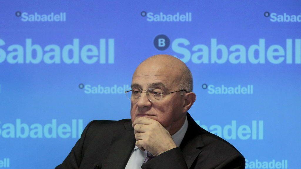 El Banco Sabadell se reúne para estudiar el cambio de domicilio social de la entidad