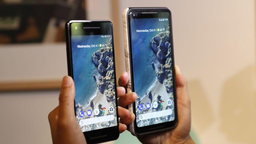 La gente compara los teléfonos de Google