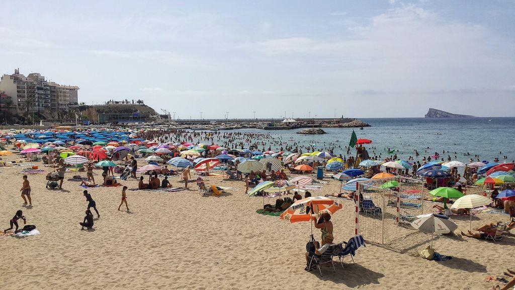beach-2690492_1920